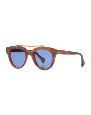 Солнечные очки SATURNINO EYE WEAR. Цвет: коричневый