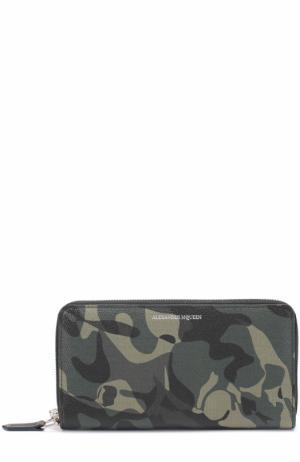 Кожаное портмоне на молнии с отделениями для кредитных карт и монет Alexander McQueen. Цвет: хаки
