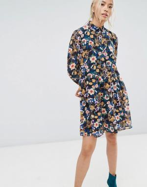 Gestuz Платье мини с цветочным принтом. Цвет: мульти