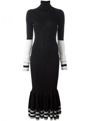 Облегающее платье с расклешенным подолом Circus Hotel. Цвет: чёрный