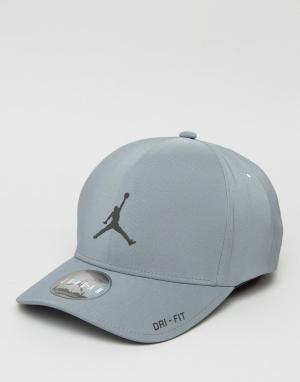 Jordan Классическая серая кепка Nike 801767-065. Цвет: серый