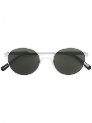 Солнцезащитные очки  с круглой оправой Han Kjøbenhavn. Цвет: металлический