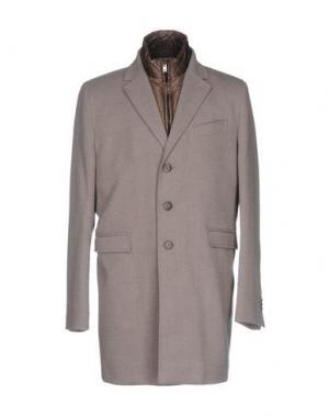 Пальто MAESTRAMI. Цвет: серый