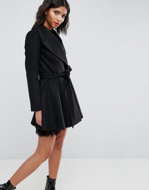 ASOS Приталенное пальто с большим воротником и поясом. Цвет: черный