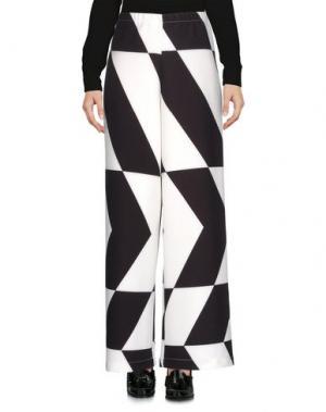 Повседневные брюки WHITE*. Цвет: слоновая кость