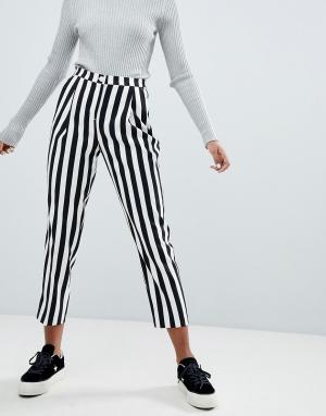 Monki Облегающие брюки в стиле casual полоску. Цвет: мульти