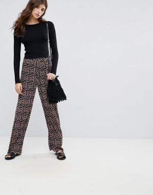 Pieces Широкие брюки с цветочным принтом Lommo. Цвет: мульти