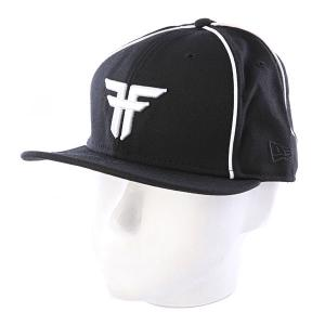 Бейсболка  New Era Trademark Black/White Fallen. Цвет: белый