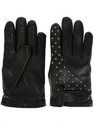 Перчатки с заклепками Les Hommes. Цвет: чёрный