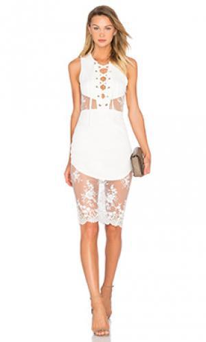 Платье voyage NBD. Цвет: белый