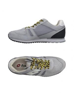 Низкие кеды и кроссовки LOTTO LEGGENDA. Цвет: светло-серый