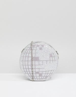 Skinnydip Сумка через плечо в виде диско-шара. Цвет: серебряный