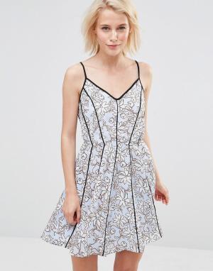 Greylin Платье с цветочным принтом Claire. Цвет: синий