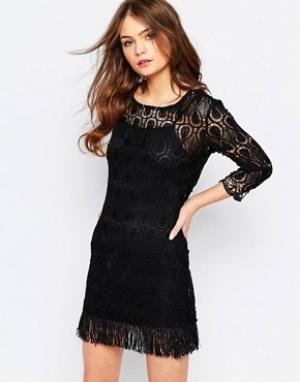 Goldie Кружевное платье с бахромой по подолу Tenessee. Цвет: черный