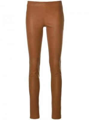 Фактурные брюки скинни Arma. Цвет: коричневый