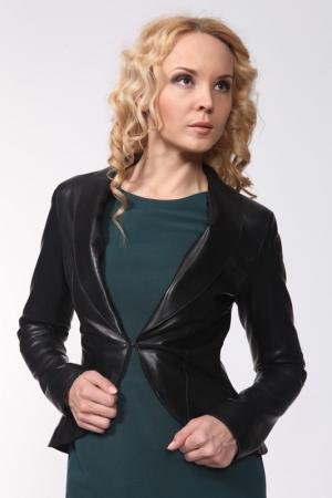 Пиджак Izeta. Цвет: черный