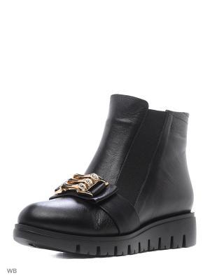 Ботинки Tucino. Цвет: черный