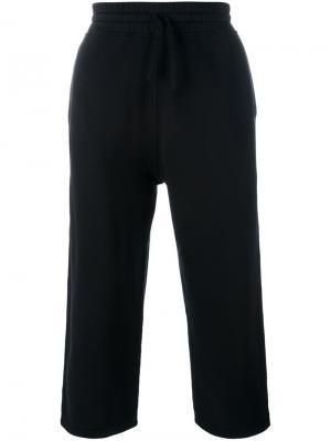 Укороченные спортивные брюки Blood Brother. Цвет: чёрный