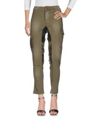 Джинсовые брюки SQUAD². Цвет: зеленый-милитари