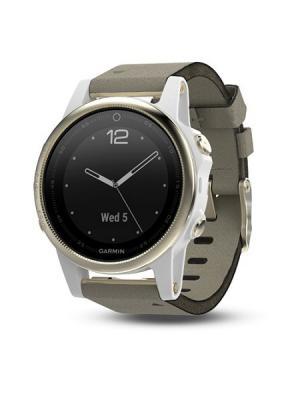 Умные часы Fenix 5S Sapphire золотистые с замшевым ремешком GARMIN. Цвет: светло-серый, золотистый
