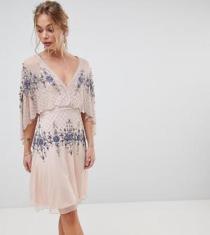 Frock and Frill Короткое приталенное платье с накидкой Premium. Цвет: розовый