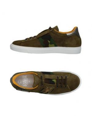Низкие кеды и кроссовки ENRICO FANTINI. Цвет: зеленый-милитари