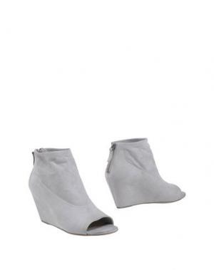 Полусапоги и высокие ботинки EL. Цвет: светло-серый