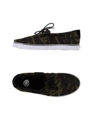Низкие кеды и кроссовки C1RCA. Цвет: зеленый-милитари