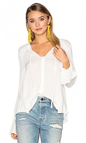 Блуза с рюшами спереди Band of Gypsies. Цвет: белый