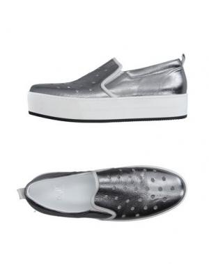 Низкие кеды и кроссовки NAIF. Цвет: серебристый