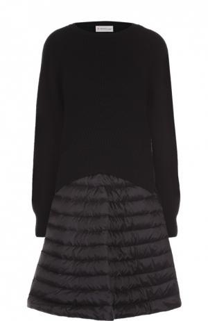 Платье фактурной вязки с утепленной юбкой Moncler. Цвет: черный