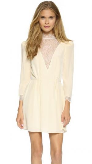 Шелковое платье Grecia Carmella. Цвет: магнолия