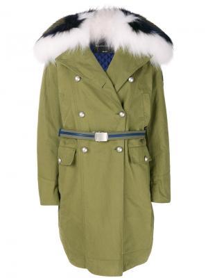 Пальто с большим капюшоном и мехом лисы Ermanno Scervino. Цвет: зелёный