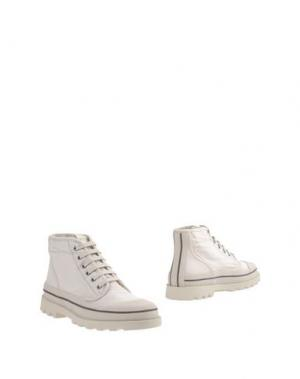 Полусапоги и высокие ботинки VALENTINO GARAVANI. Цвет: слоновая кость