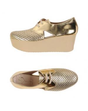Обувь на шнурках HÉCOS. Цвет: золотистый