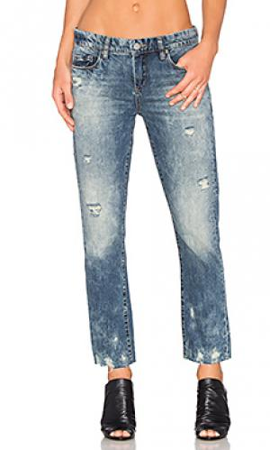Состаренные укороченные прямые джинсы BLANKNYC. Цвет: none