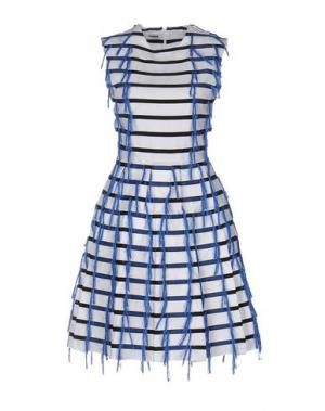 Короткое платье JOURDEN. Цвет: белый