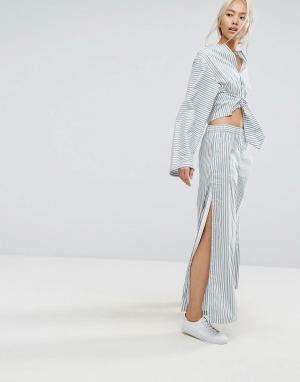 House of Sunny Широкие полосатые брюки в пижамном стиле с кнопками по бокам. Цвет: мульти