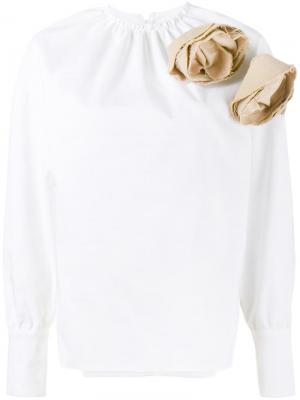 Блузка с цветочной аппликацией A.W.A.K.E.. Цвет: белый
