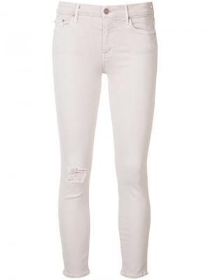 Рваные укороченные джинсы скинни Mother. Цвет: розовый и фиолетовый