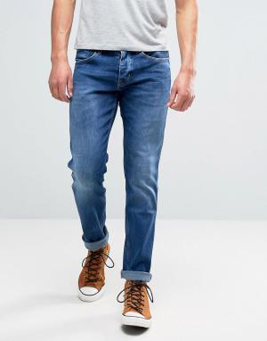 Wrangler Прямые синие джинсы с выбеленной отделкой Spencer. Цвет: синий