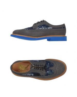 Обувь на шнурках MARK MCNAIRY. Цвет: серый