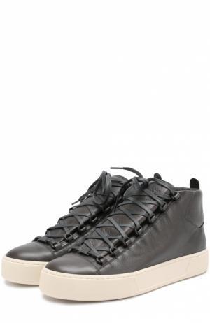 Высокие кожаные кеды на шнуровке Balenciaga. Цвет: серый