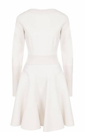 Приталенное мини-платье с длинным рукавом Alaia. Цвет: белый