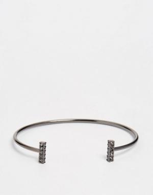 Pilgrim Незамкнутый браслет с камнями. Цвет: серебряный