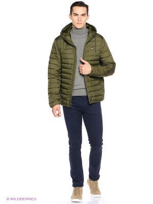 Куртка Quiksilver. Цвет: зеленый