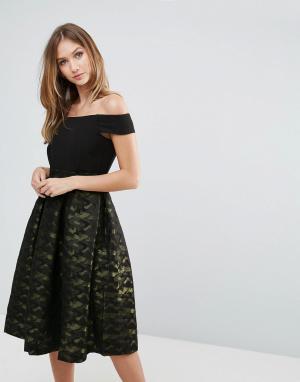 Closet London Платье с открытыми плечами и плиссированной юбкой. Цвет: мульти