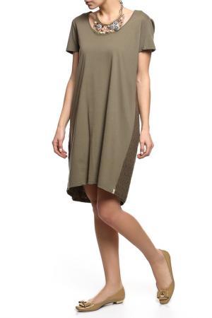 Платье Alviero Martini. Цвет: зеленый