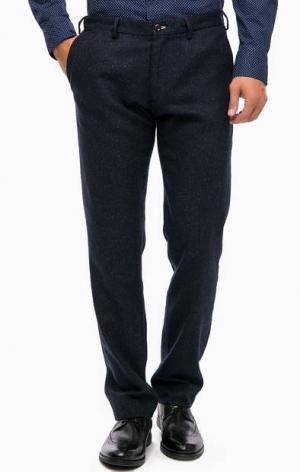 Зауженные синие брюки Gant. Цвет: синий