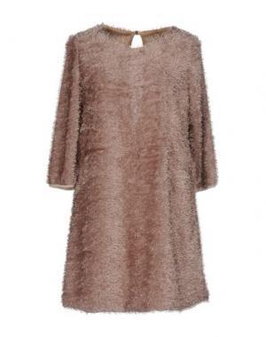 Короткое платье GUTTHA. Цвет: голубиный серый